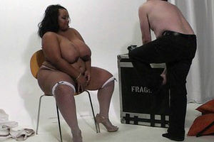 Hotwife with plus-size dark-hued in..