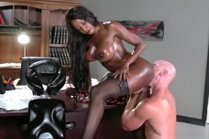 Huge-boobed dark-hued manager Diamond..