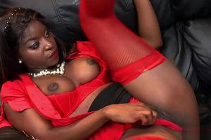 Fantastic black stunner gets humped