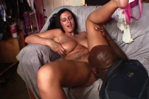 Chesty Bella Blaze Takes Yam-sized Ebony
